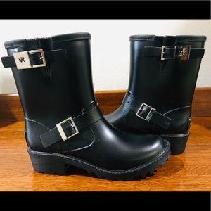 "MICHAEL KOR ""Devenport"" black rain boot"